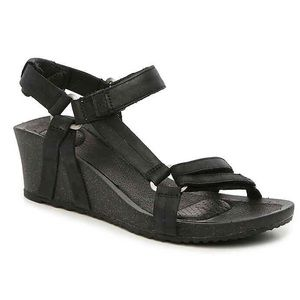 Reba Ysidro Black Wedge Sandal